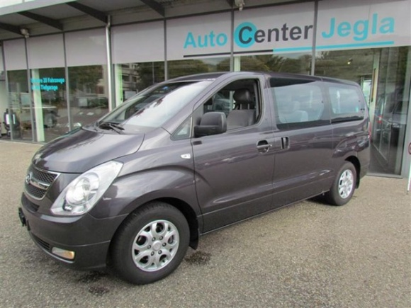 picture Hyundai H1 travel